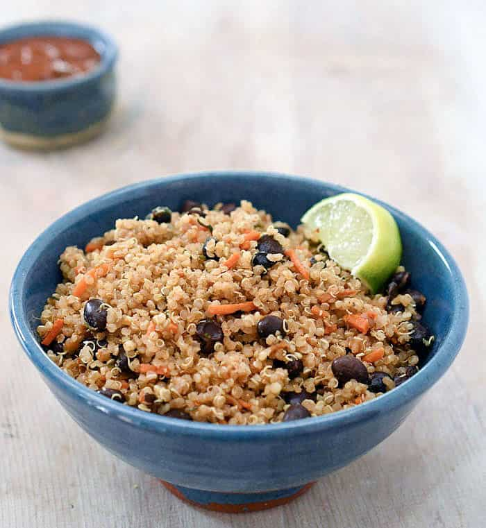 Instant Pot Mexican Quinoa with Black Bean and Veggies
