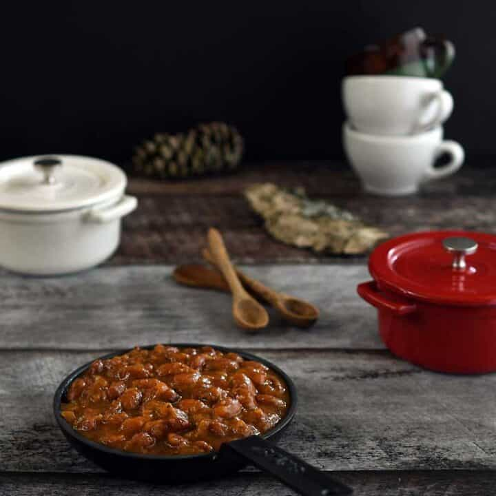 Vegan Instant Pot Molasses Baked Beans
